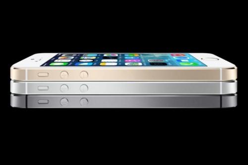 iphone5s 500x332 La Russie demande à Apple son code source