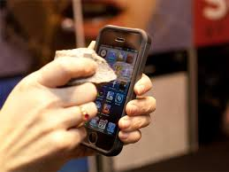 saphir Ecrans saphir : fin de l'histoire entre GTAT et Apple
